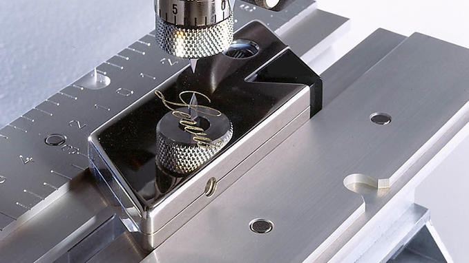IS200 - Compact Electronic Engraver